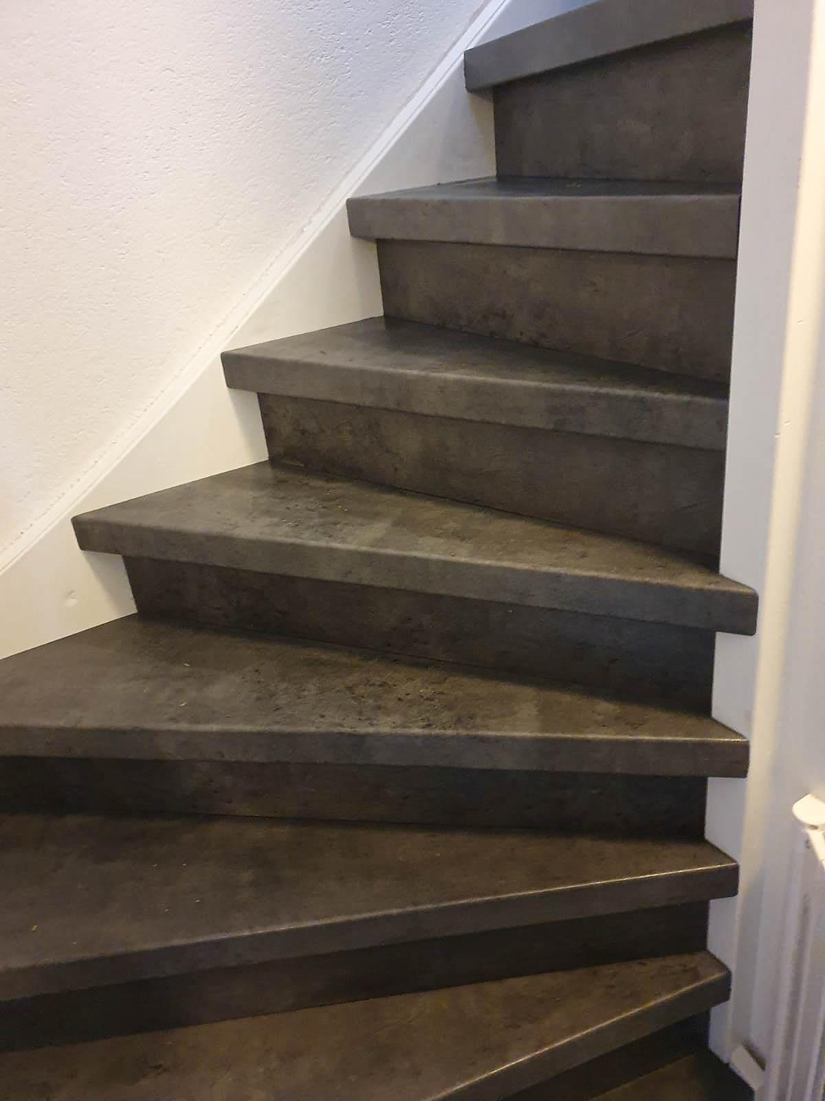 THE FACTORY LAMINAAT: Donker beton