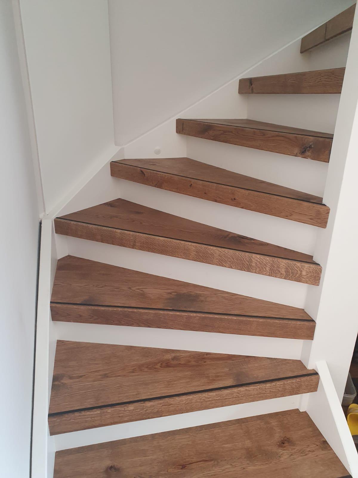 Eiken houten overzettreden