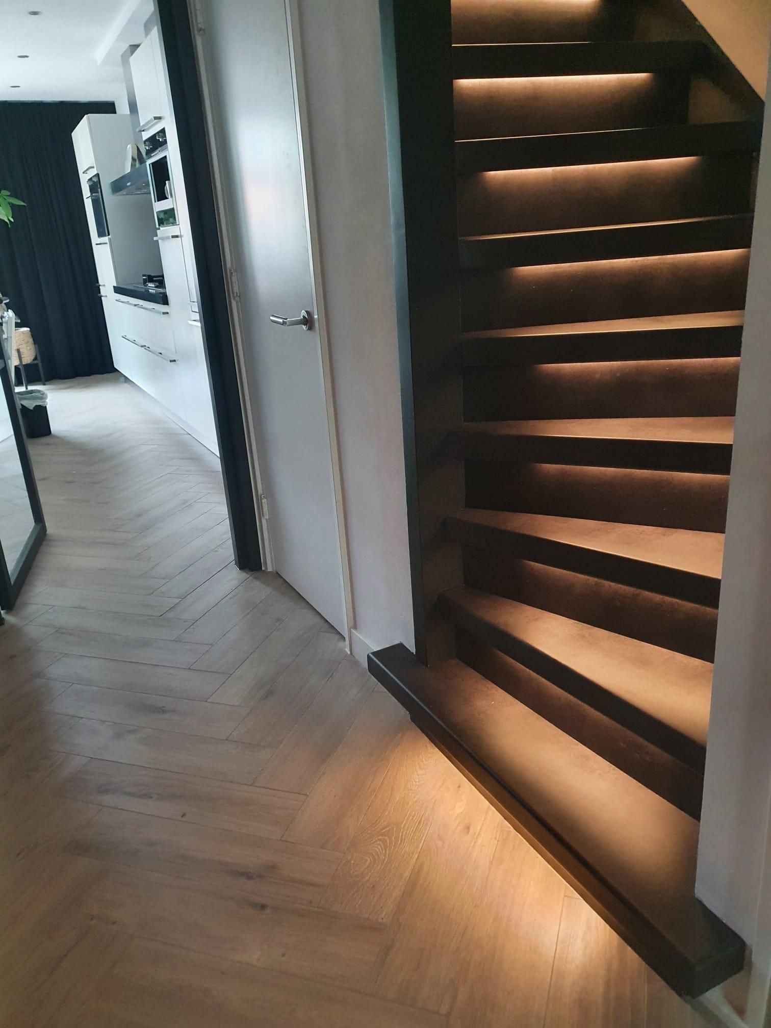 PVC black stone met LED
